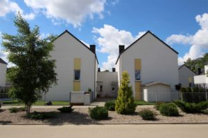 Komorniki – Osiedle Poetów. Nowe domy i mieszkania przy ulicy Jeziornej