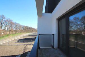 Balkon przy dużej sypialni - Osiedle Pasieki w Komornikach