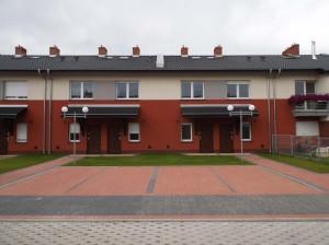 Osiedle Parkowe w Komornikach - nowe mieszkania w szeregowcach - deweloper POZ INWEST