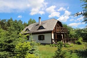 Potasze (gm. Czerwonak) nowy dom koło Puszczy Zielonki