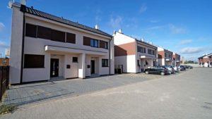 Osiedle Zielone Zakrzewo - mieszkania w zabudowie bliźniaczek - deweloper Quertos